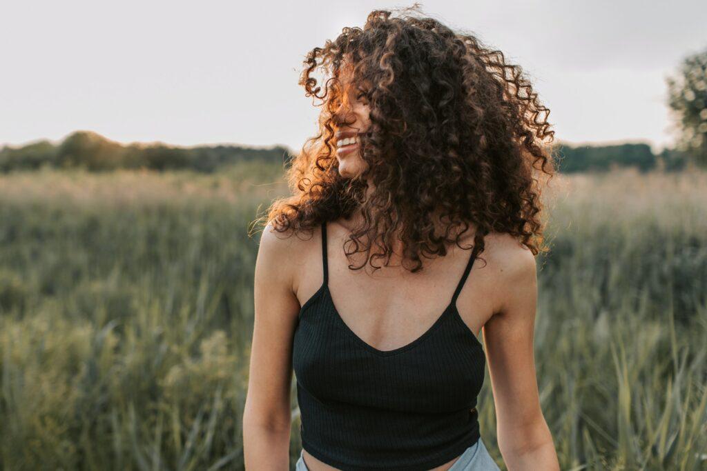 meer-volume-in-krullend-haar-tips